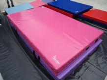 "8FT x 4FT 6"" x 8"" THICK (610gsm) Safety Matress Crash Mat (HOT PINK)"